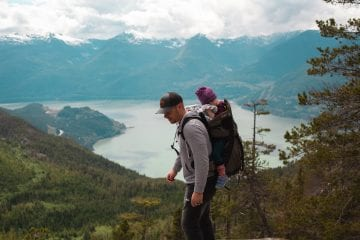 hiking with kids - ultimate guide