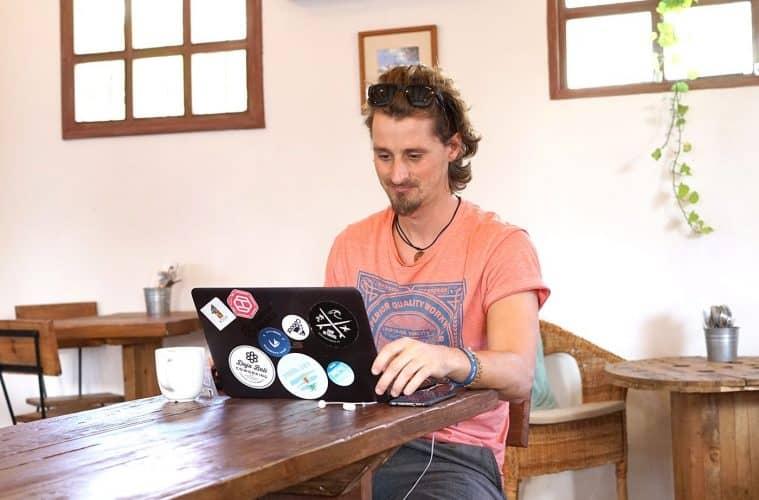 Digital Nomad Life of Viktor Vincej