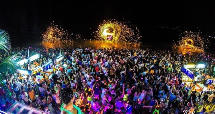 full moon - nye party in thailand