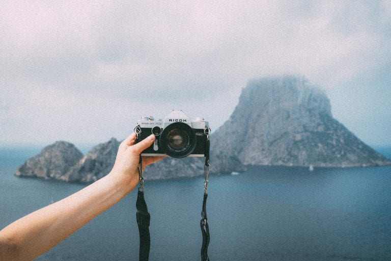 10 Ways to Take Photos of Yourself When Traveling Solo