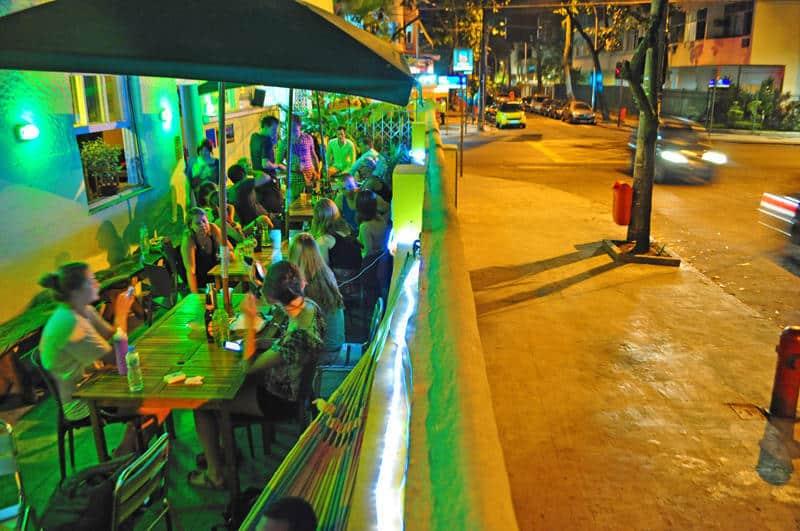 lemon spirit hostel in rio de janeiro