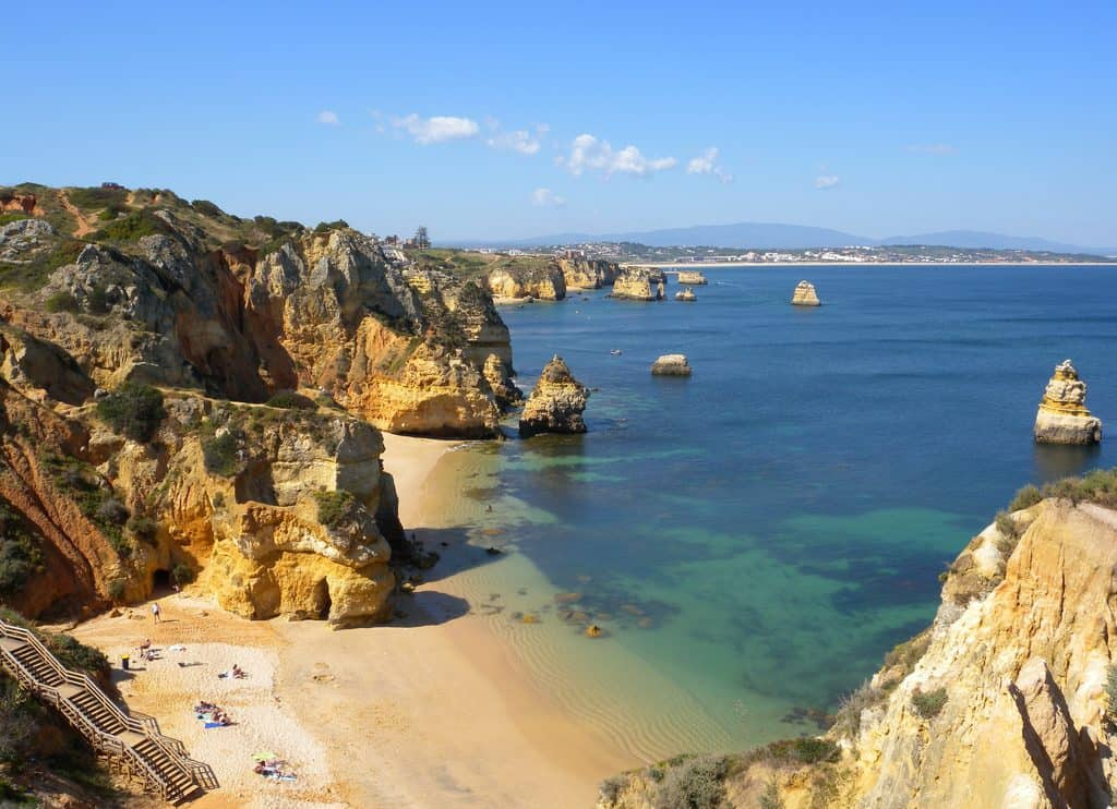 7 must see places in the algarve region of portugal traveling lifestyle. Black Bedroom Furniture Sets. Home Design Ideas