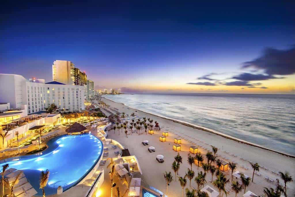 luxury hotel in cancun - le blanc