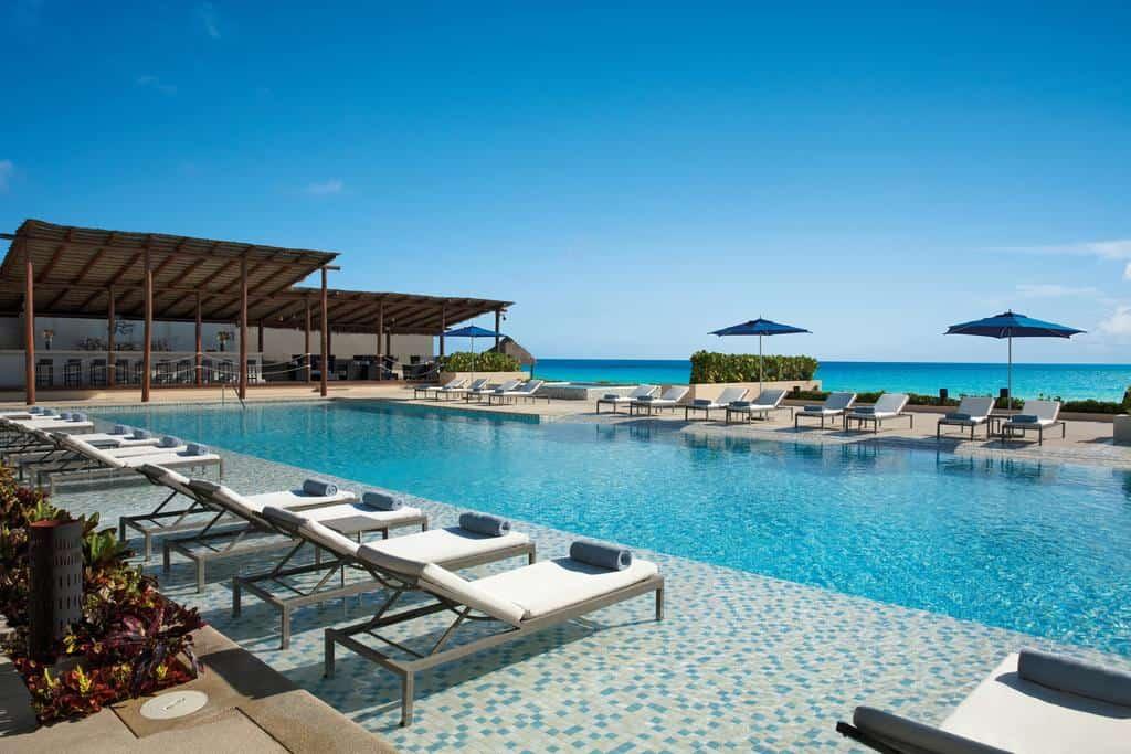 best resorts in cancun