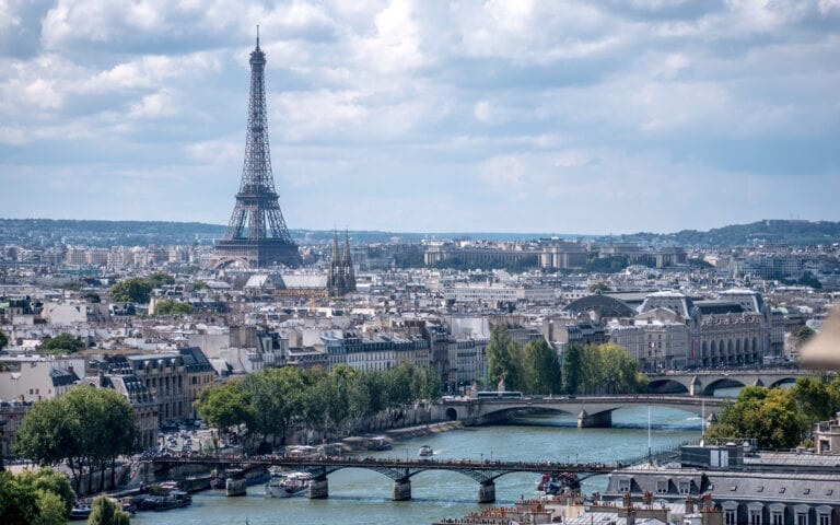 france reopening to tourists