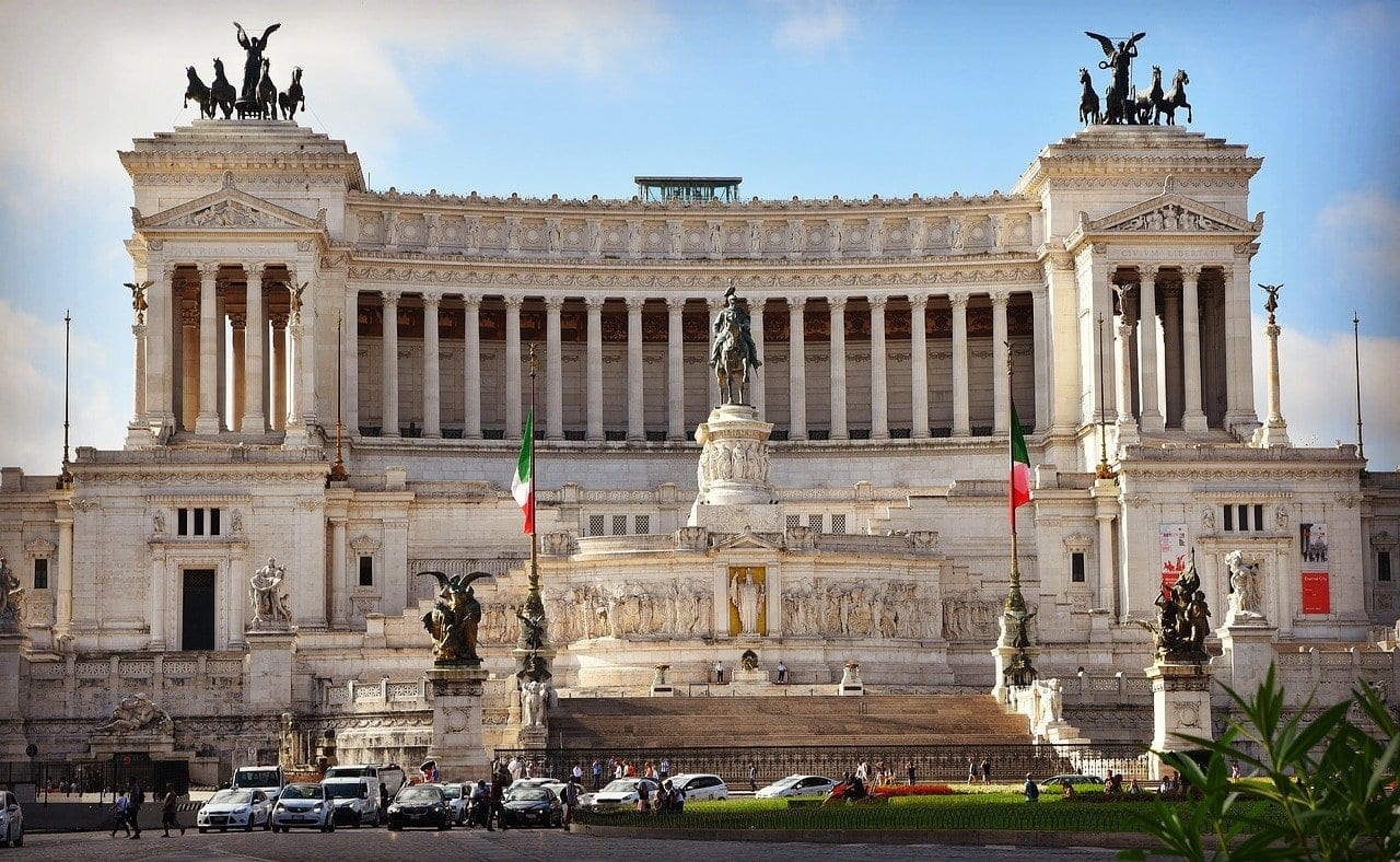 italy covid travel restrictions