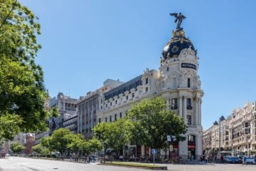 spain reopening with restrictions