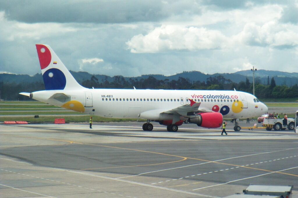 Colombia airports - travel restrictions