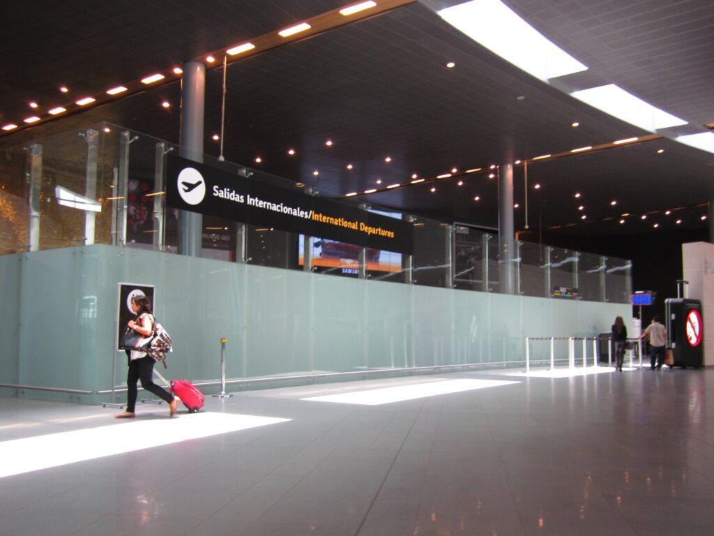 Aeropuerto el dorado reapertura restrictions de viaje
