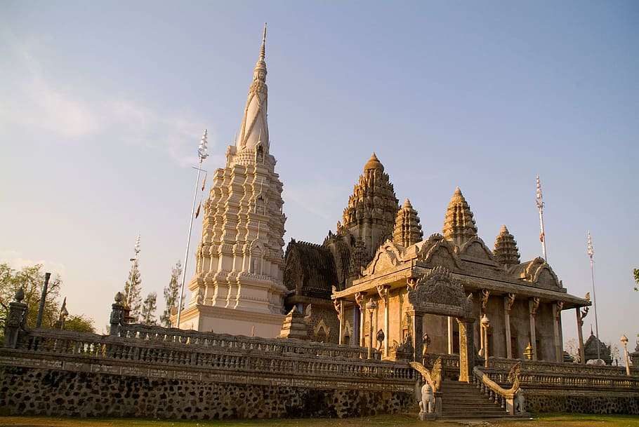 Cambodia reopening to tourists - travel restrictions