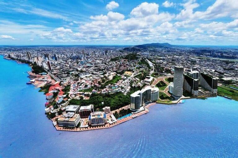 Ecuador restricciones de viaje reapertura turismo