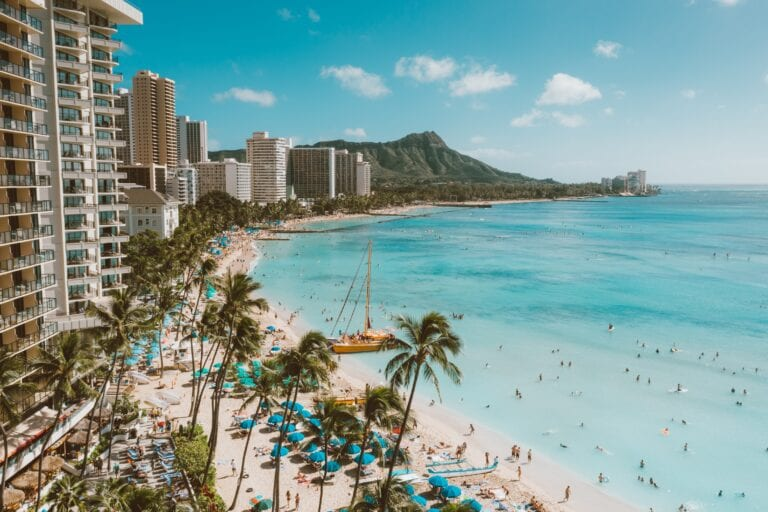 Hawaii sees 200k tourists after reopening