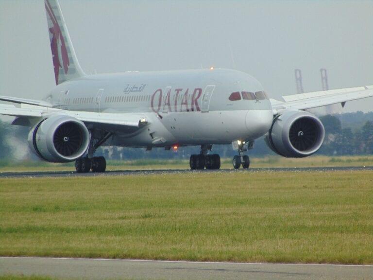 qatar resuming flights to phuket