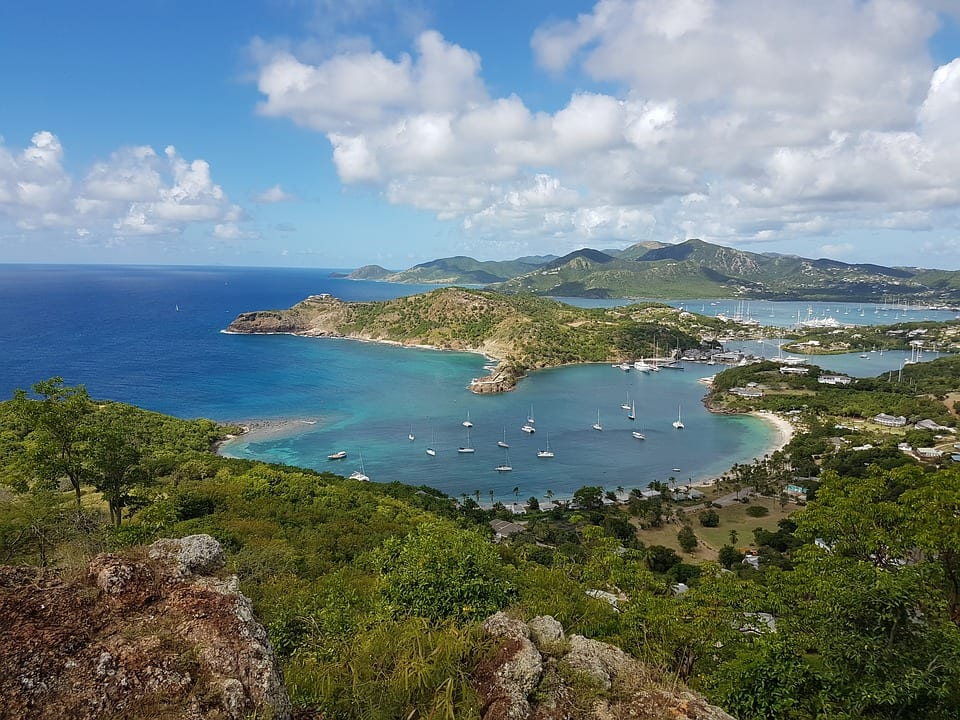 Antigua-and-Barbuda-safe-to-visit