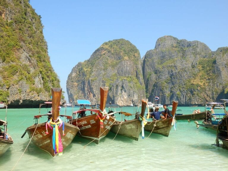 Nearly-10000-tourists-have-visited-Thailand-since-the-reopening