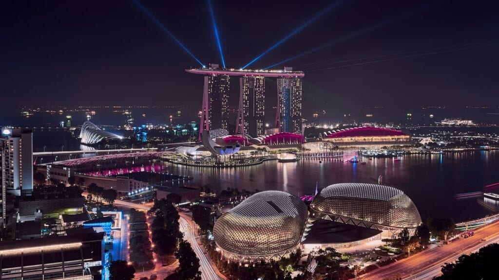 Singapore-to-open-business-travel-bubbles-with-all-governments