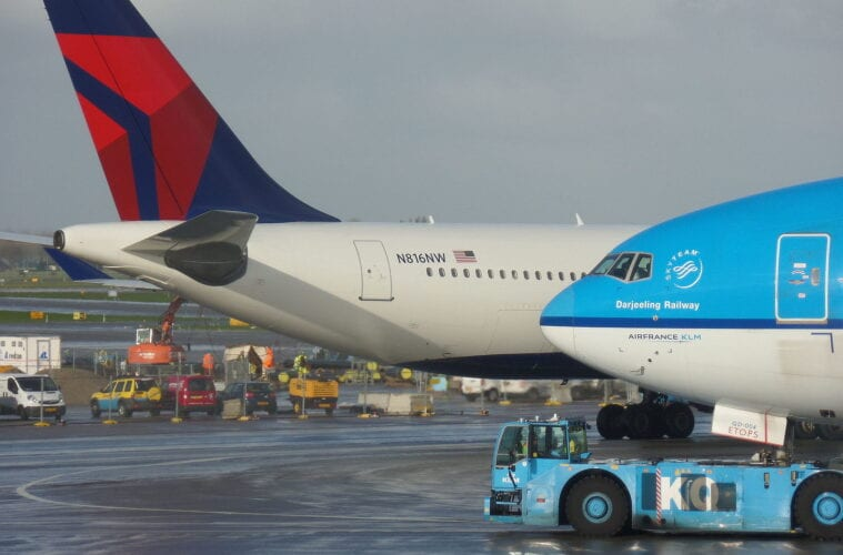 Delta and KLM quarantine-free flights between US and Amsterdam