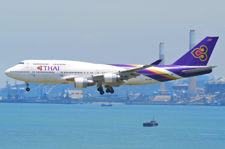 Airlines-are-canceling-flights-to-Phuket-due-to-low-demand