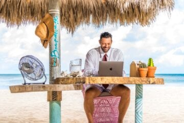 Aruba beach workstations for digital nomads