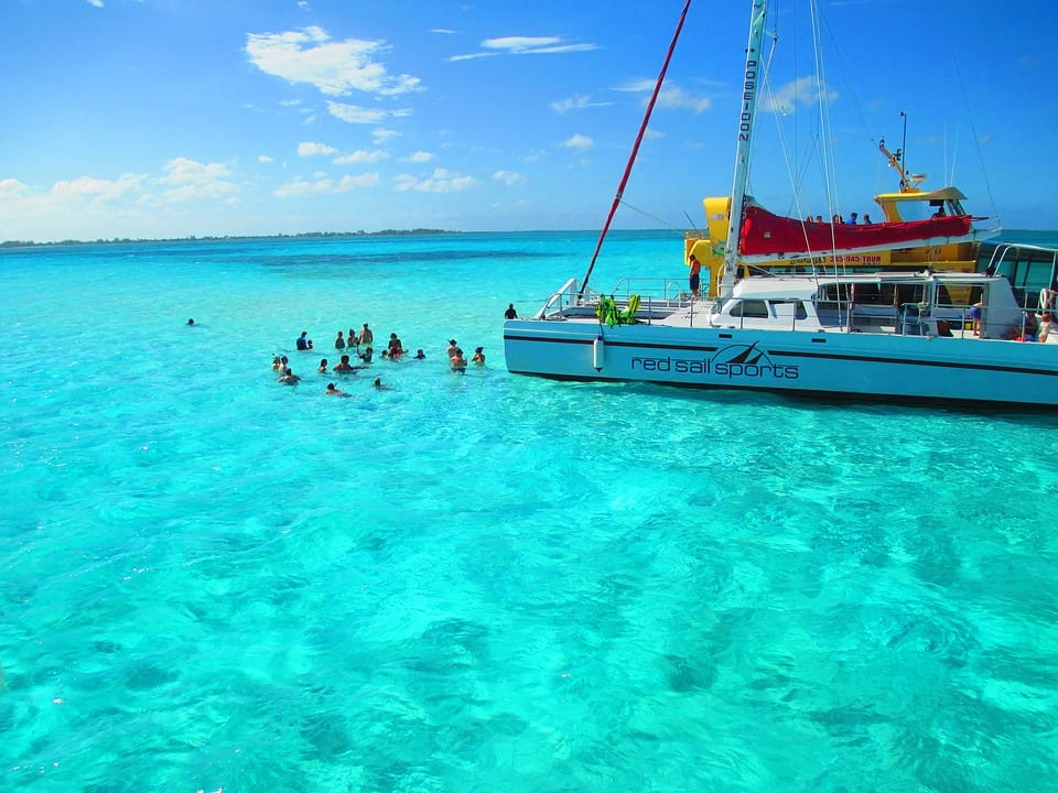 Cayman-Islands-safest-places-to-travel
