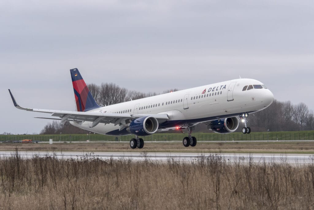 Delta-may-make-free-&-fast-onboard-Wi-Fi-reality-soon
