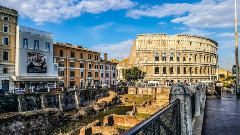Italy-extends-strict-lockdown-until-at-least-January-15