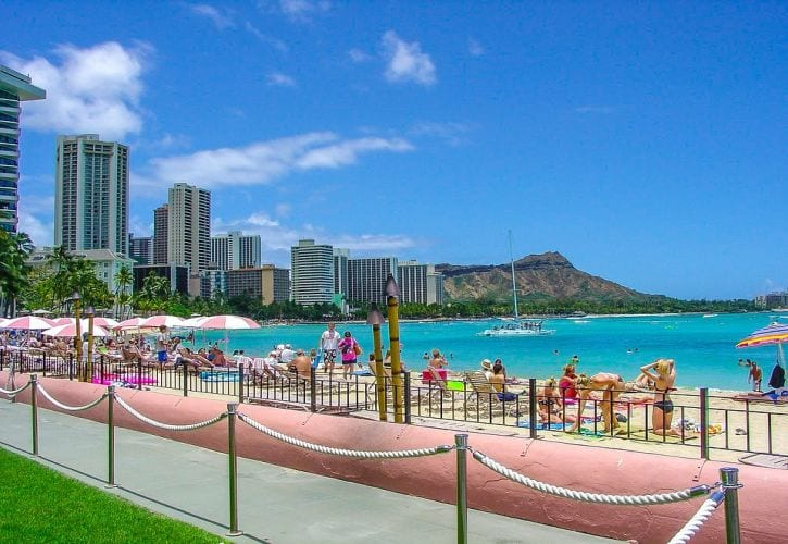 Hawaii Tourism Gradually Recovering with 15,000 Daily Travelers