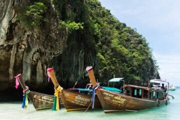 Thailand to waive quarantine for vaccinated travelers