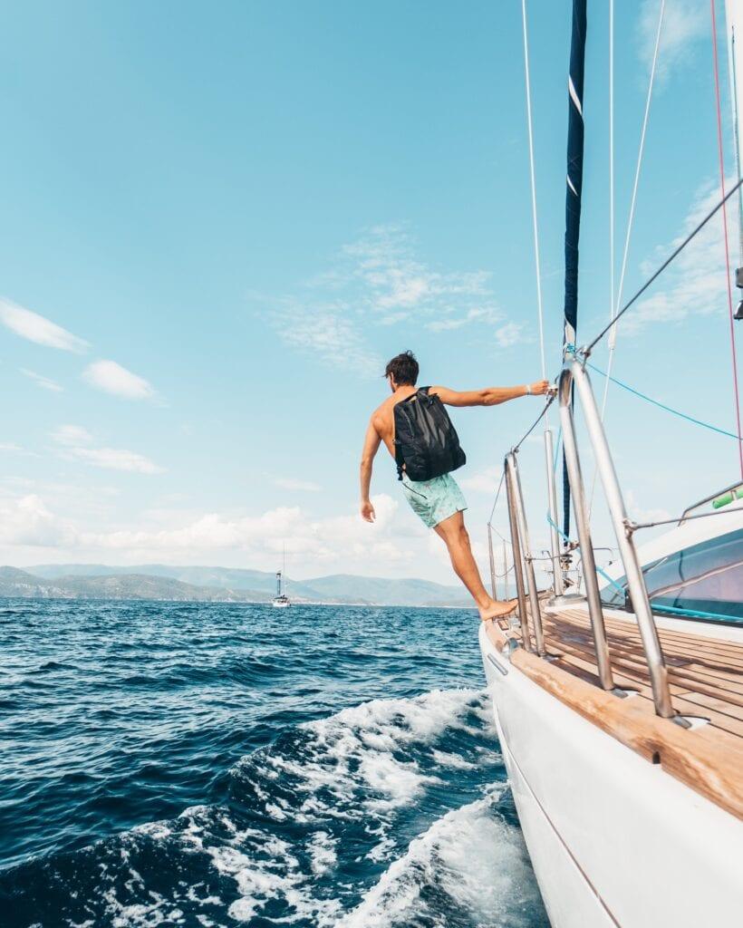 digital nomad sailing in greece