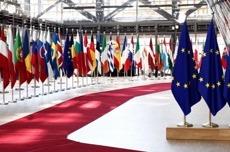 EU Countries Pressure the Bloc to Lift International Travel Bans