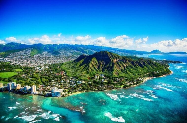 Vaccinated U.S. Travelers Could Start Entering Hawaii Without Restrictions in May
