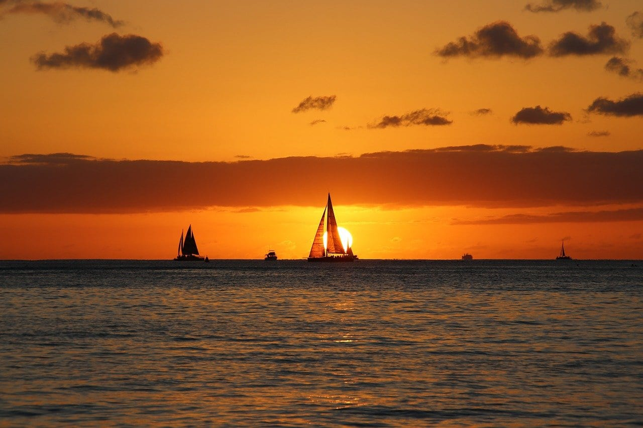 Sunset Sail, one of the best things to do in Hawaii during COVID