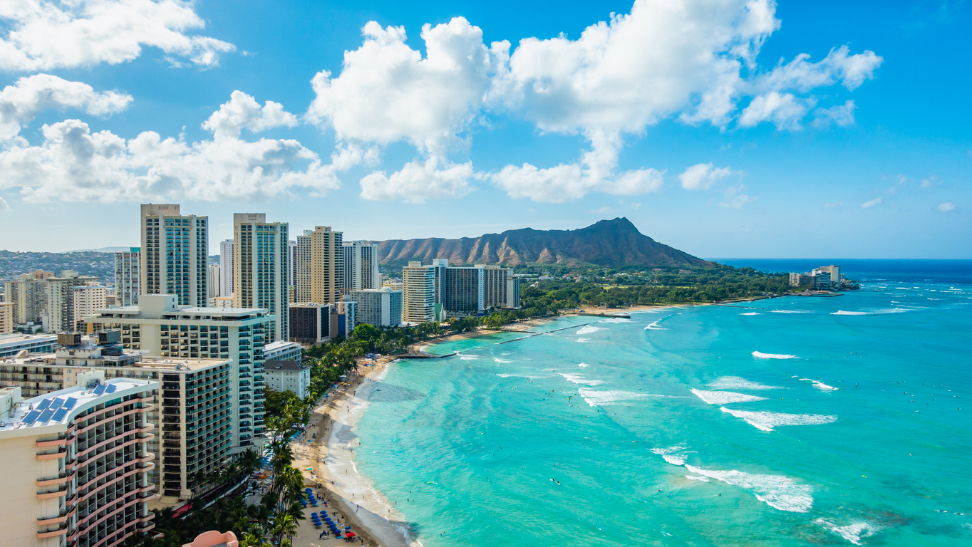Hawaii to Drop Testing Requirement for Vaccinated Tourists by July 4