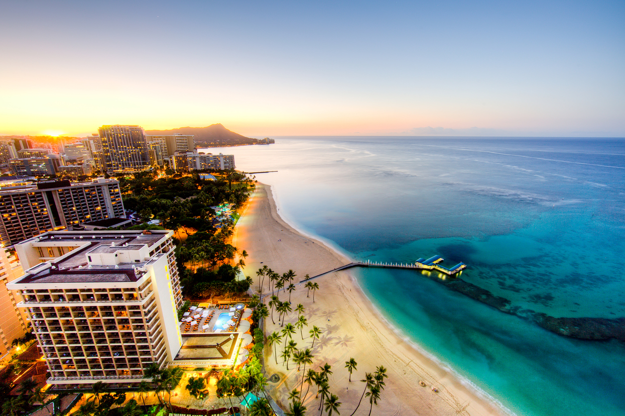 Hawaii plans to lift all travel restrictions