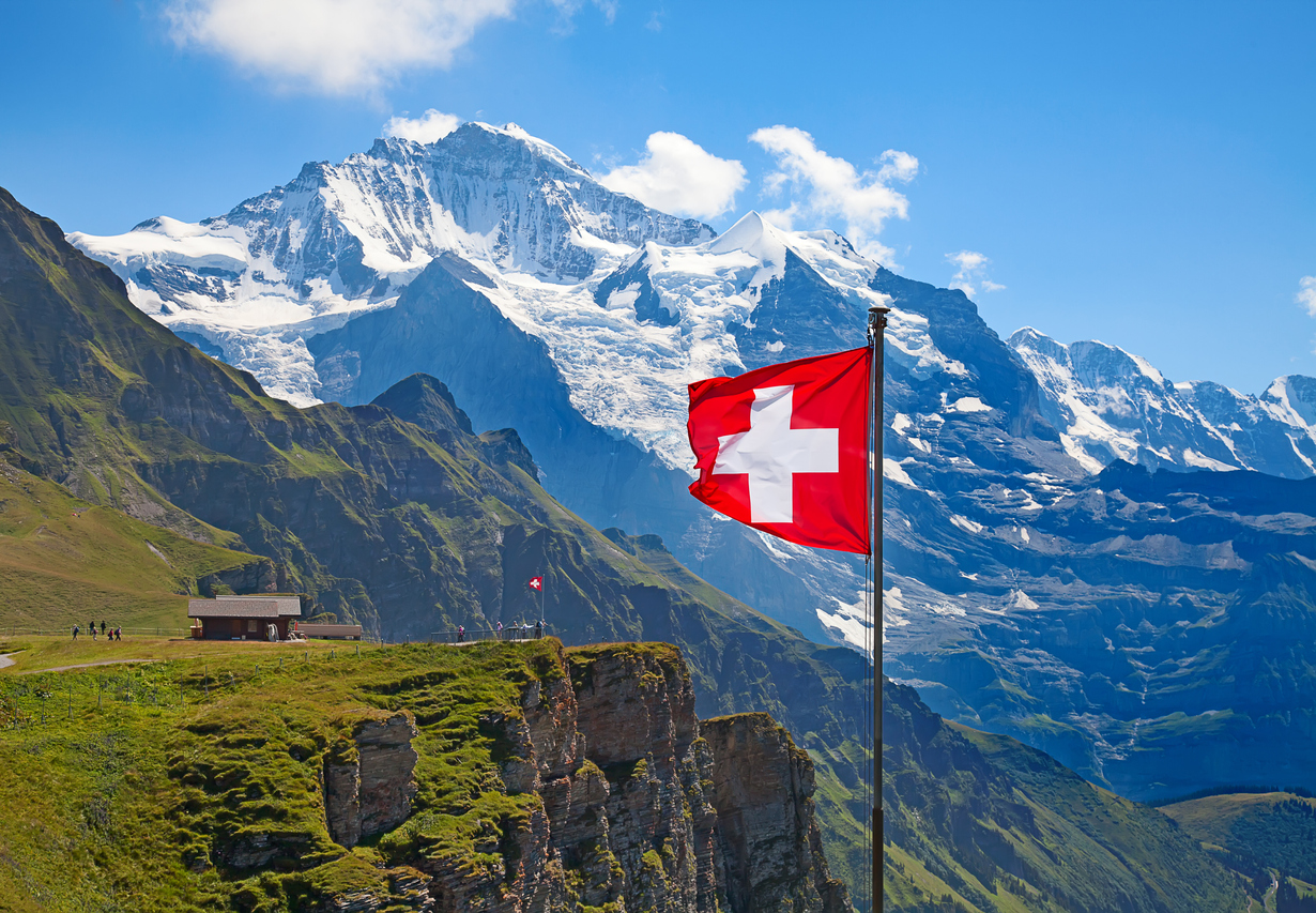 Switzerland expects to reopen for vaccinated Americans and Canadians on June 28