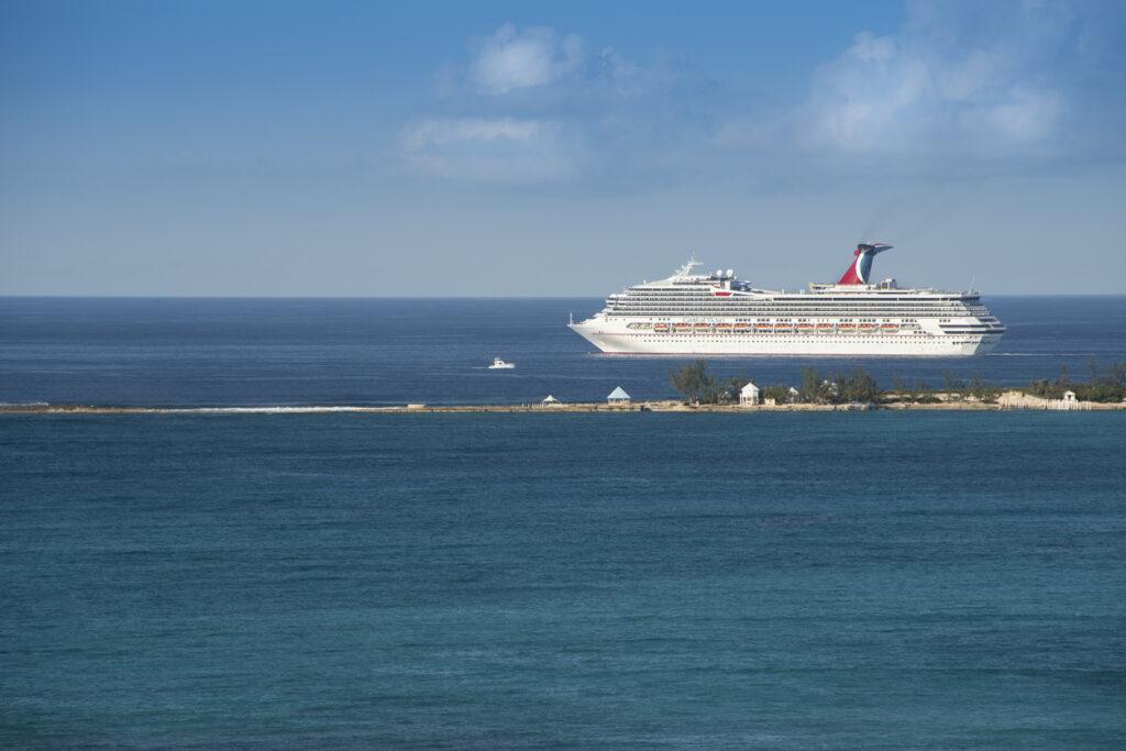 carnival cruise ship saiing
