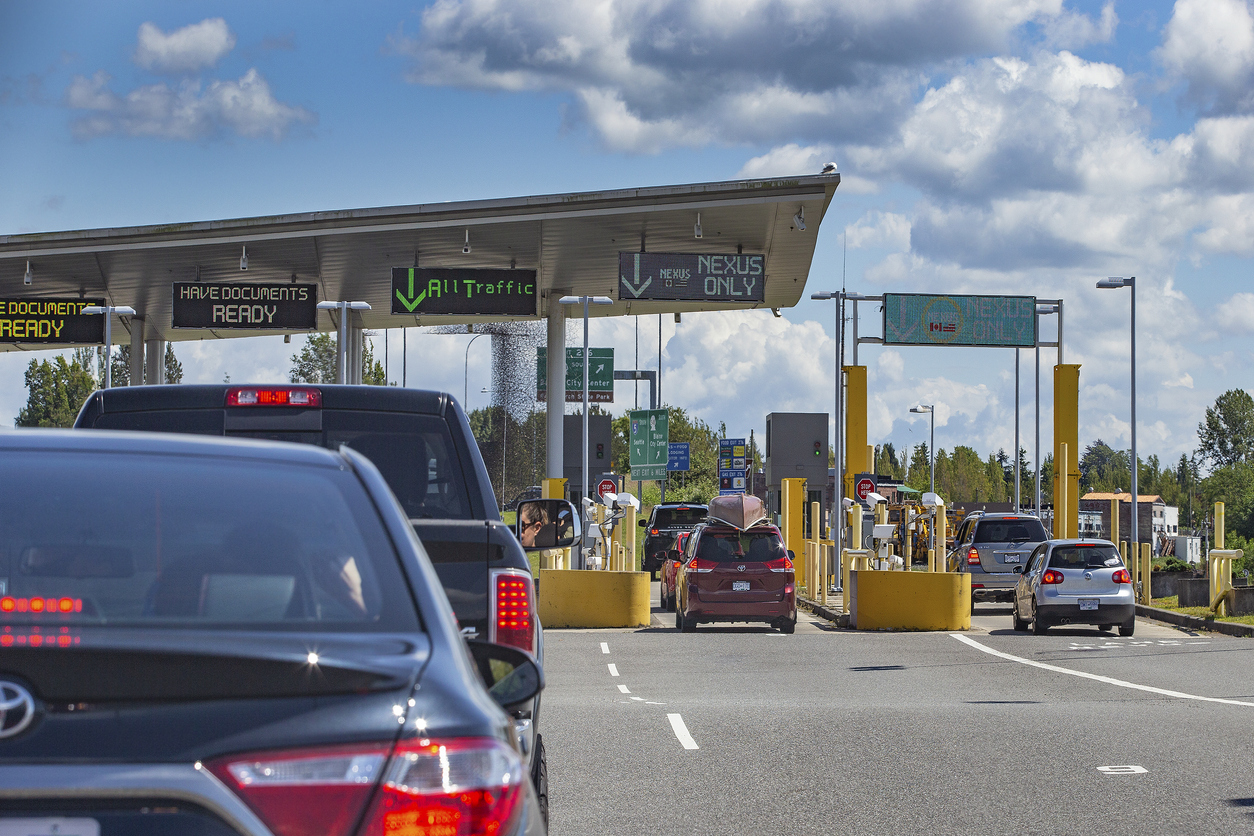 U.S. border to stay closed to Canadians until at least August 21