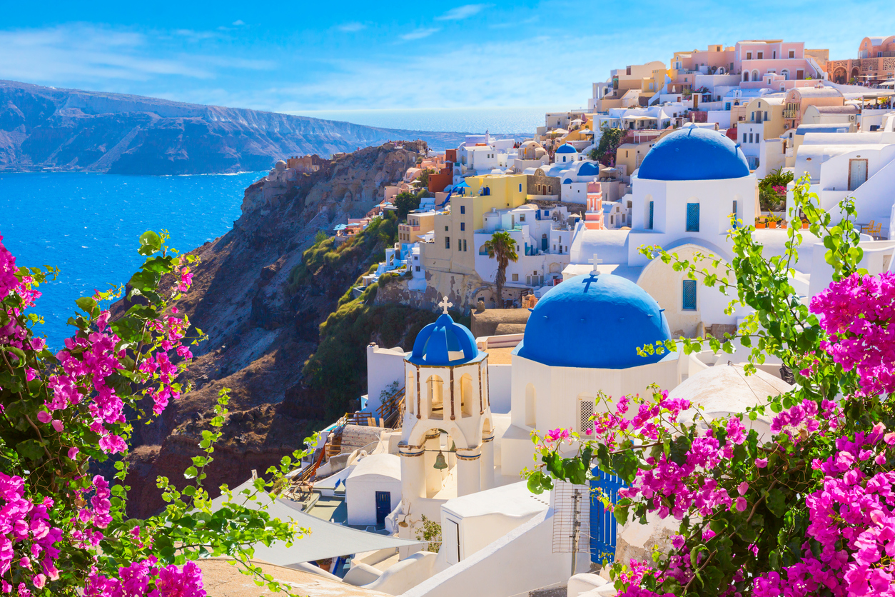 is it safe to travel to greece now during covid