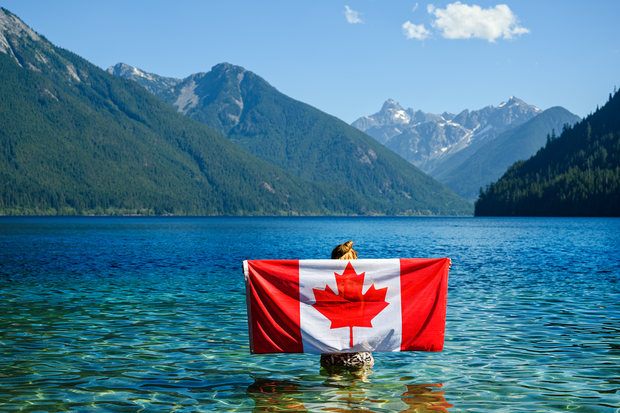 is it safe to visit canada now during covid