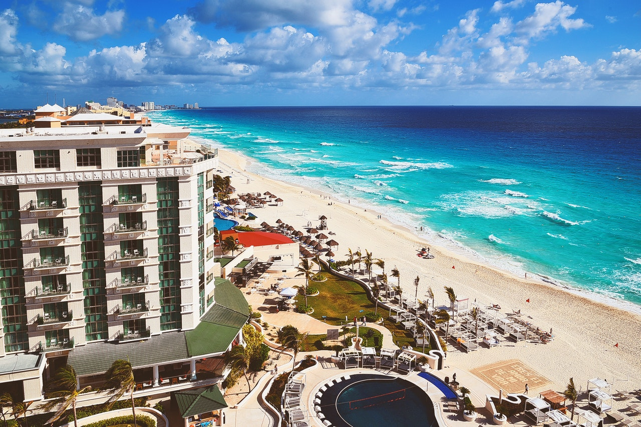 Tourism In Mexico Expected To Surge in Winter 2021 As Covid Cases Are Dropping Fast