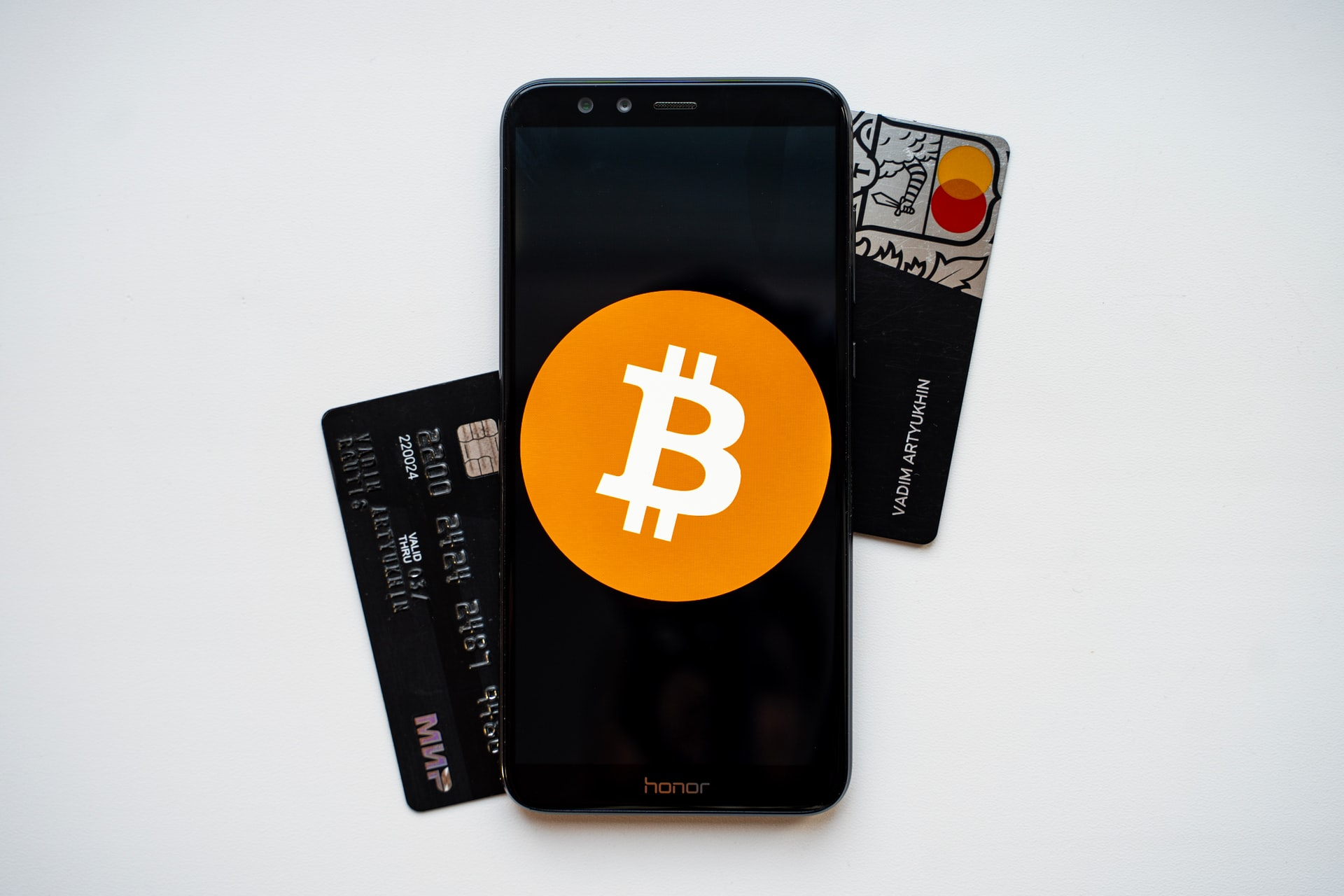 UATP and BitPay Partner; Numerous Airlines and Other Travel-Related Vendors Now Accepting Cryptocurrency