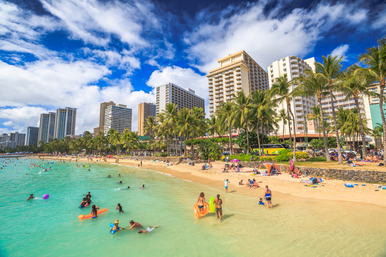 Hawaii Governor Invites Fully Vaccinated Visitors to Come Back For Leisure Travel From Nov. 1