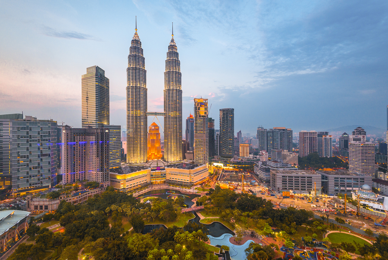 Malaysia Plans to Allow All International Travelers to Enter The Country in November