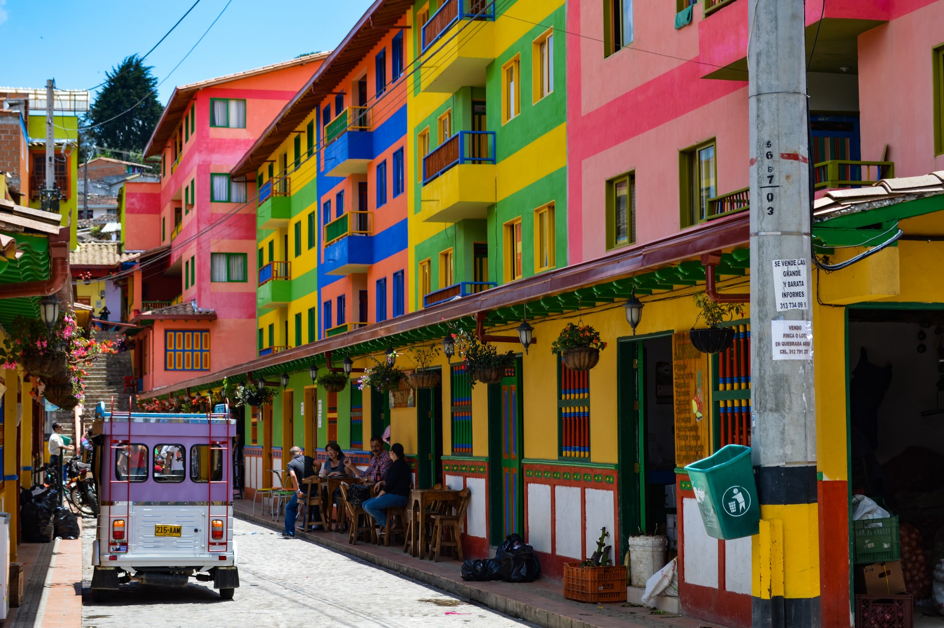colombia colorful houses